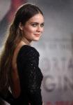 Hera Hilmar In Oscar de la Renta - 'Mortal Engines' World Premiere