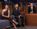Jessica Biel In Max Mara & Justin Timberlake In Salvatore Ferragamo - The Tonight Show Starring Jimmy Fallon