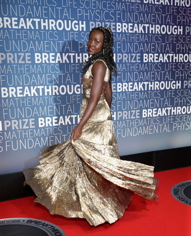 Lupita Nyong'o In Oscar de la Renta - 2019 Breakthrough Prize CeremonyLupita Nyong'o In Oscar de la Renta - 2019 Breakthrough Prize Ceremony