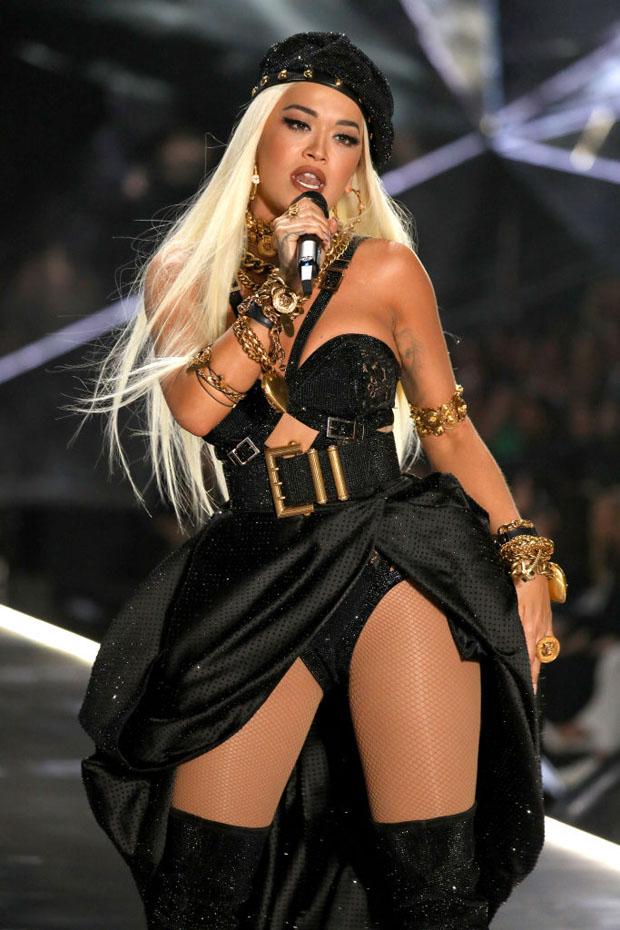 Rita Ora In Versace - 2018 Victoria's Secret Fashion Show