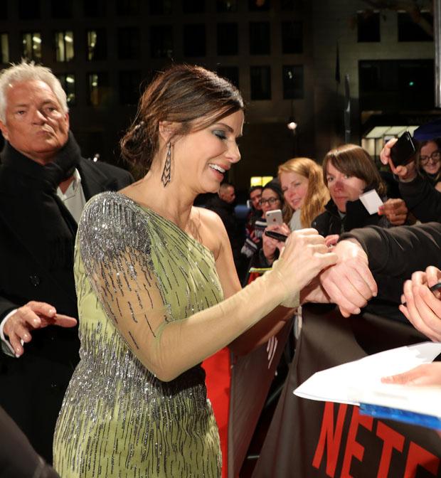 Sandra Bullock In Alberta Ferretti - 'Bird Box' Berlin Premiere