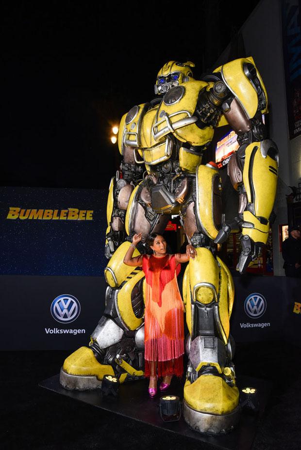 Fashion Blogger Catherine Kallon feature Angela Bassett In Alberta Ferretti Limited Edition - 'Bumblebee' LA Premiere