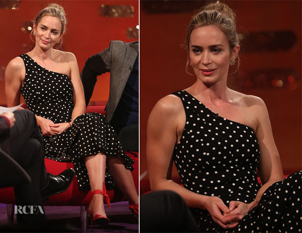 Fashion Blogger Catherine Kallon features Emily Blunt In Cinq à Sept - The Graham Norton Show