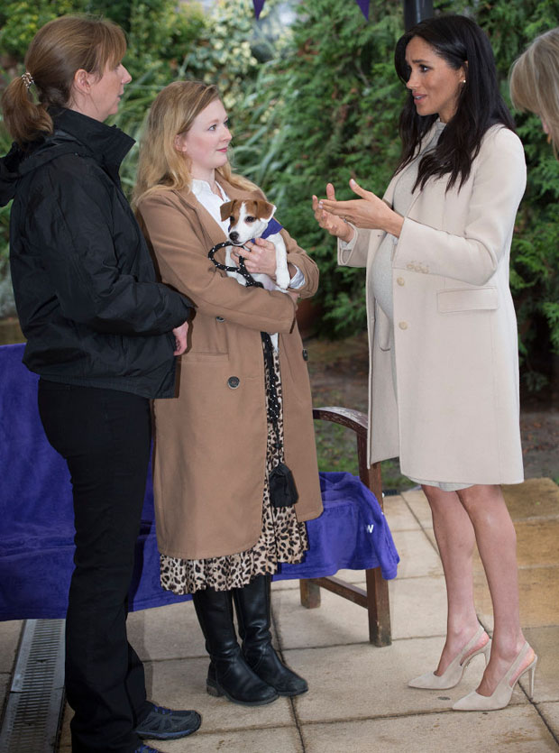 Fashion Blogger Catherine Kallon features Meghan, Duchess of Sussex In Emporio Armani & H&M MAMA - Mayhew Visits