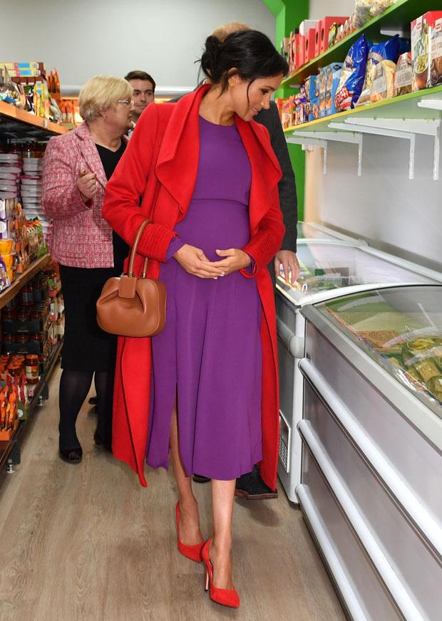 Fashion Blogger Catherine Kallon features Meghan, Duchess of Sussex In Sentaler & Babaton by Artizia - Birkenhead Visit