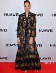 Gal Gadot Was Luxe Bohemia Personified For Huawei P30 Series Launch Party