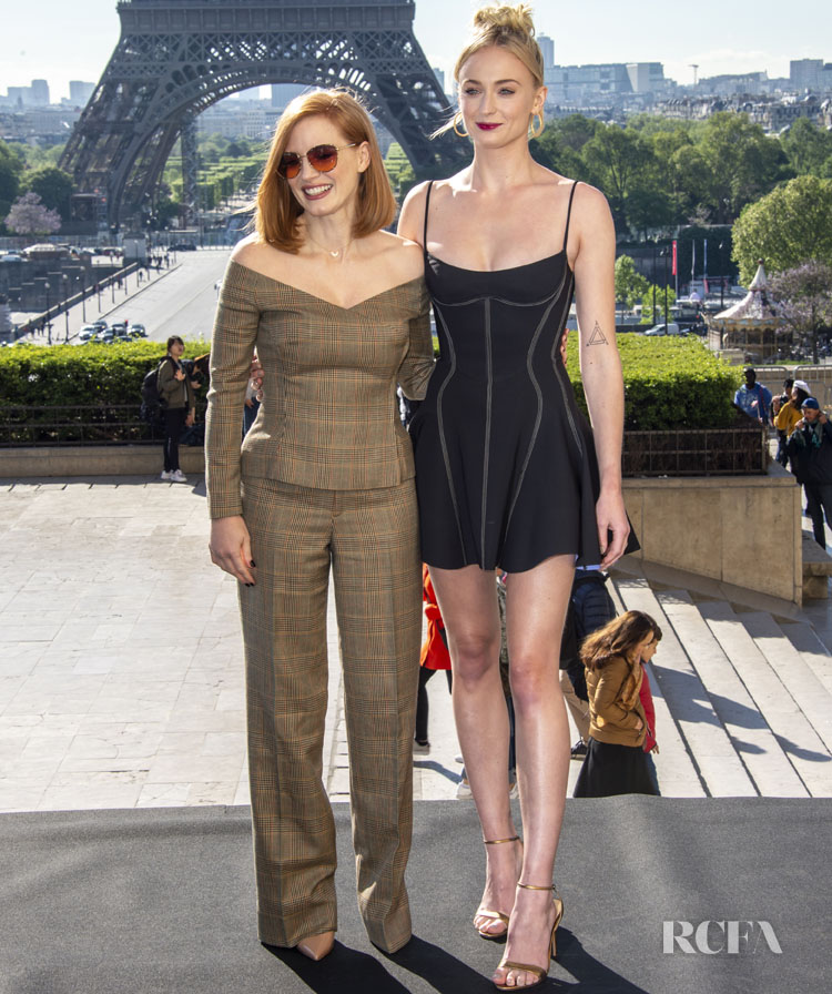 Jessica Chastain & Sophie Turner Promote The 'X-Men Dark Phoenix' In Paris