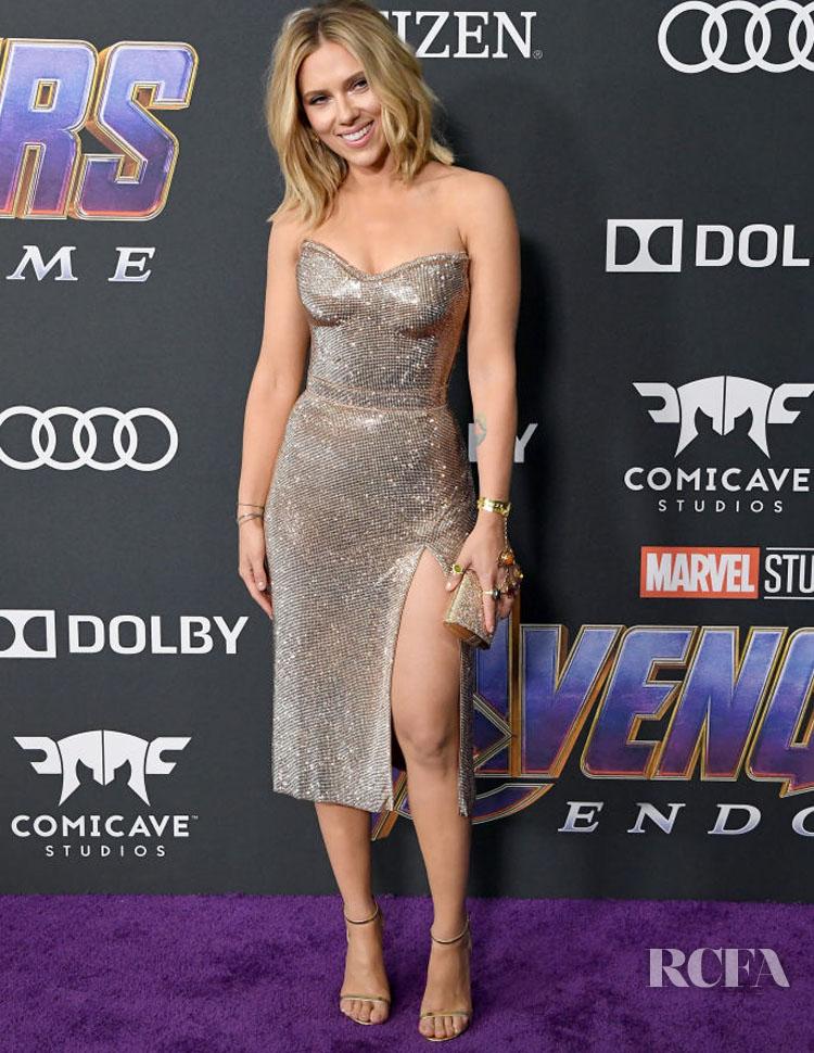 Scarlett Johansson Rocks Custom Atelier Versace To The 'Avengers: Endgame' LA Premiere