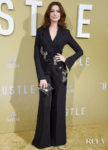 Anne Hathaway Black & Gold For 'The Hustle' LA Premiere
