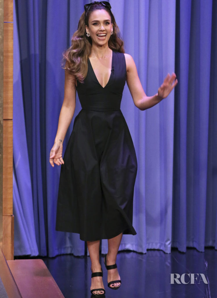 Jessica Alba's LBD For The Tonight Show Starring Jimmy Fallon