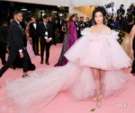 Lana Condor In Giambattista Valli Haute Couture - 2019 Met Gala