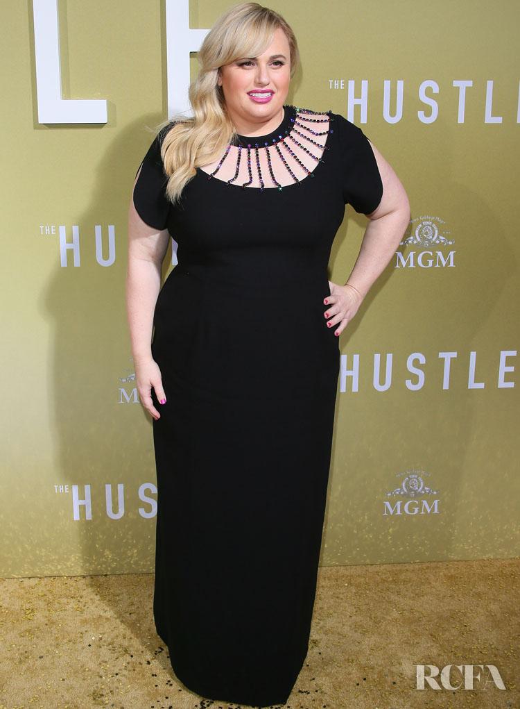 Rebel Wilson In Christopher Kane - 'The Hustle' LA Premiere