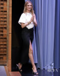 Rosie Huntington-Whiteley Goes For Edgy Elegance For Jimmy Fallon