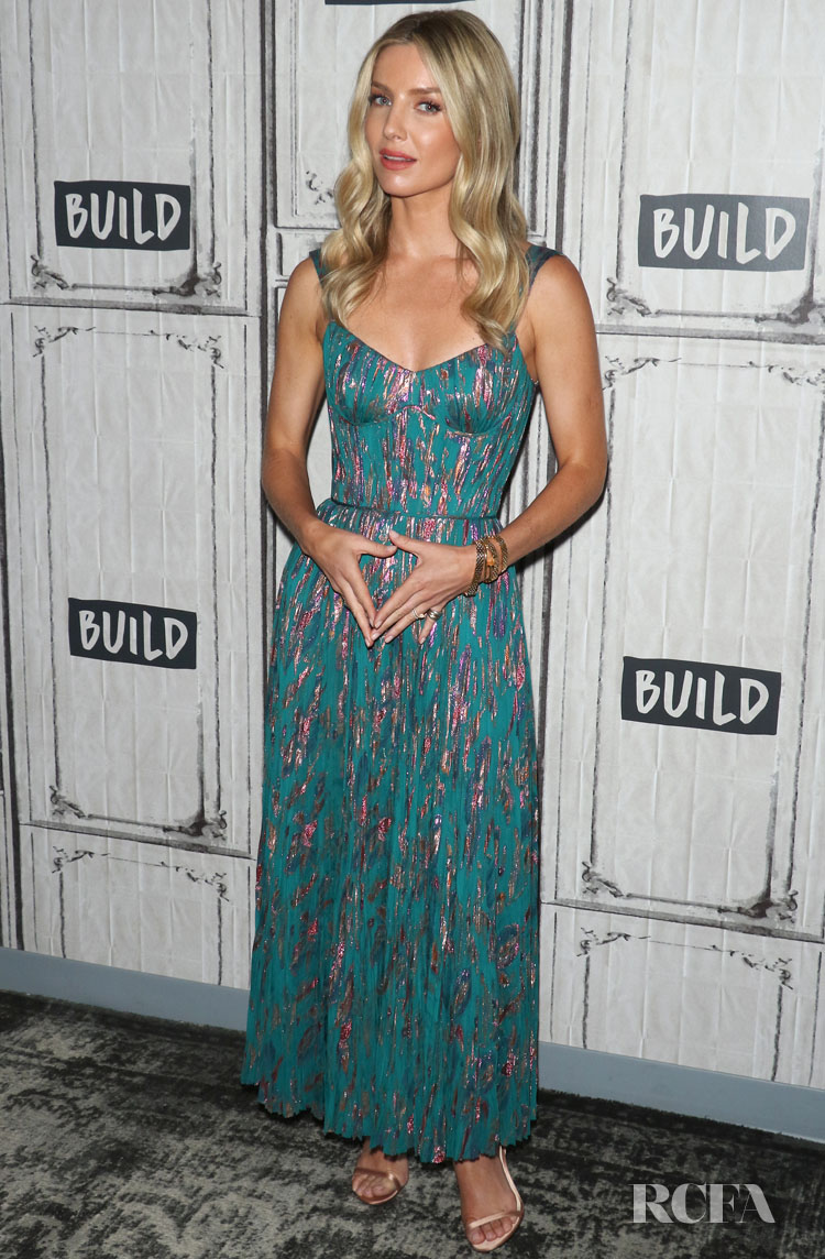 Annabelle Wallis' Daytime Romance In J. Mendel For Build Series