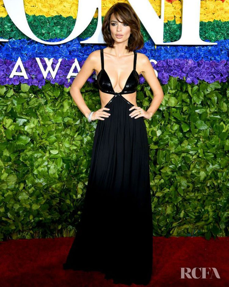 Emily Ratajkowski In Michael Kors Collection - 2019 Tony Awards