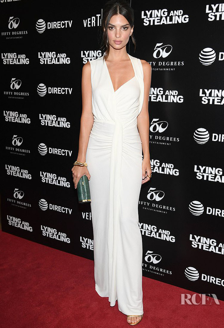 Emily Ratajkowski Oozes Sultry Elegance In All White For The 'Lying And Stealing' New York Screening