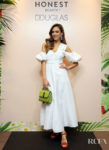 Jessica Alba Rocks Green, White & Red For Her Italian Honest Beauty Meet & Greet