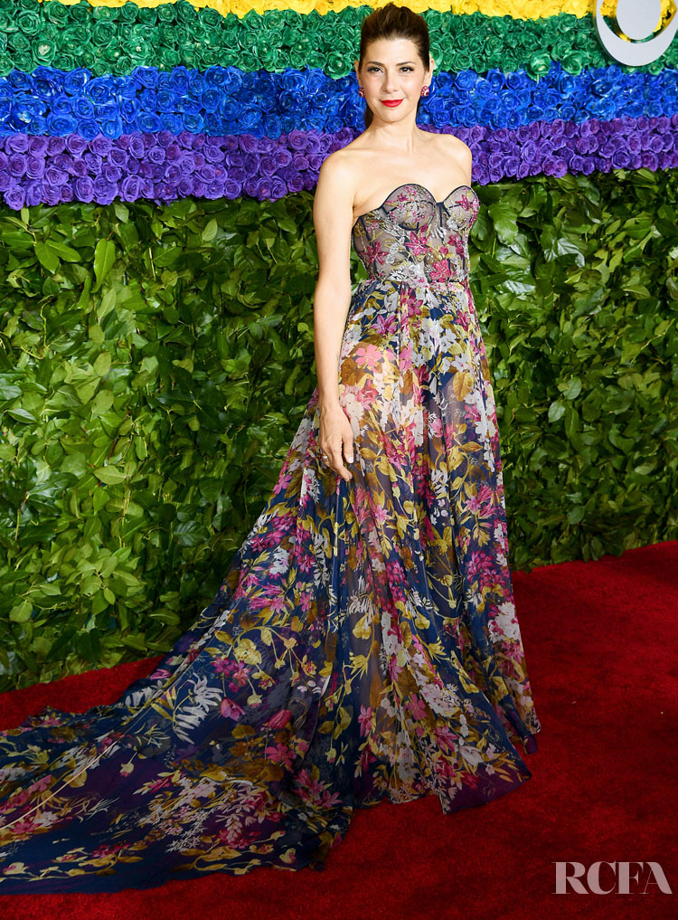 marisa tomei in ralph russo couture 2019 tony awards. Black Bedroom Furniture Sets. Home Design Ideas
