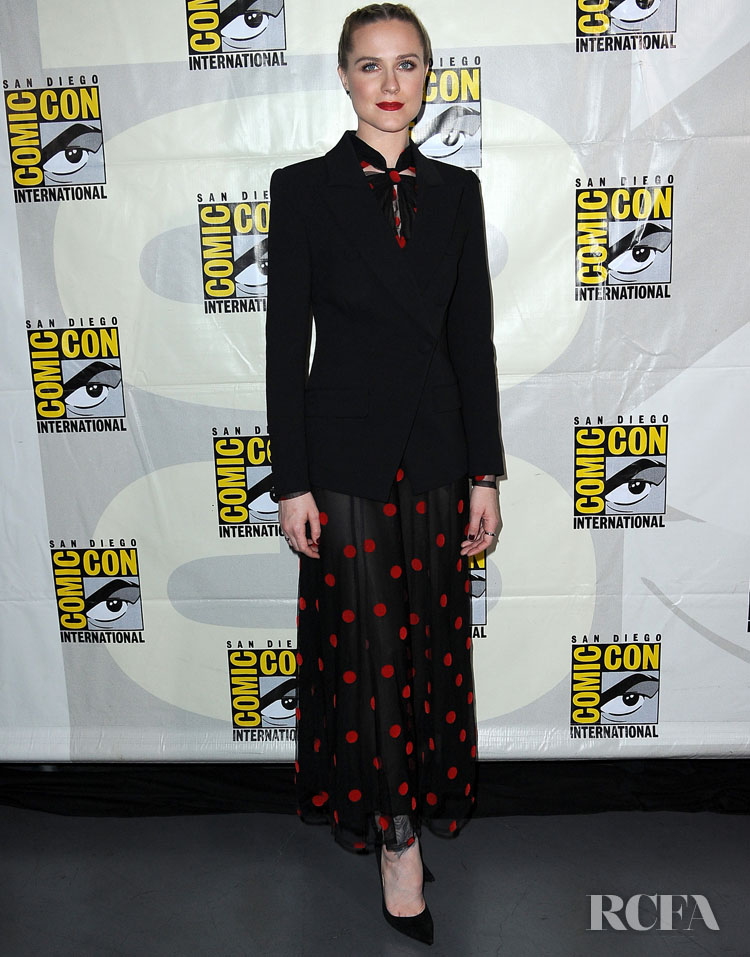 Evan Rachel Wood In Jill Stuart - 'Westworld III' Panel At  Comic-Con