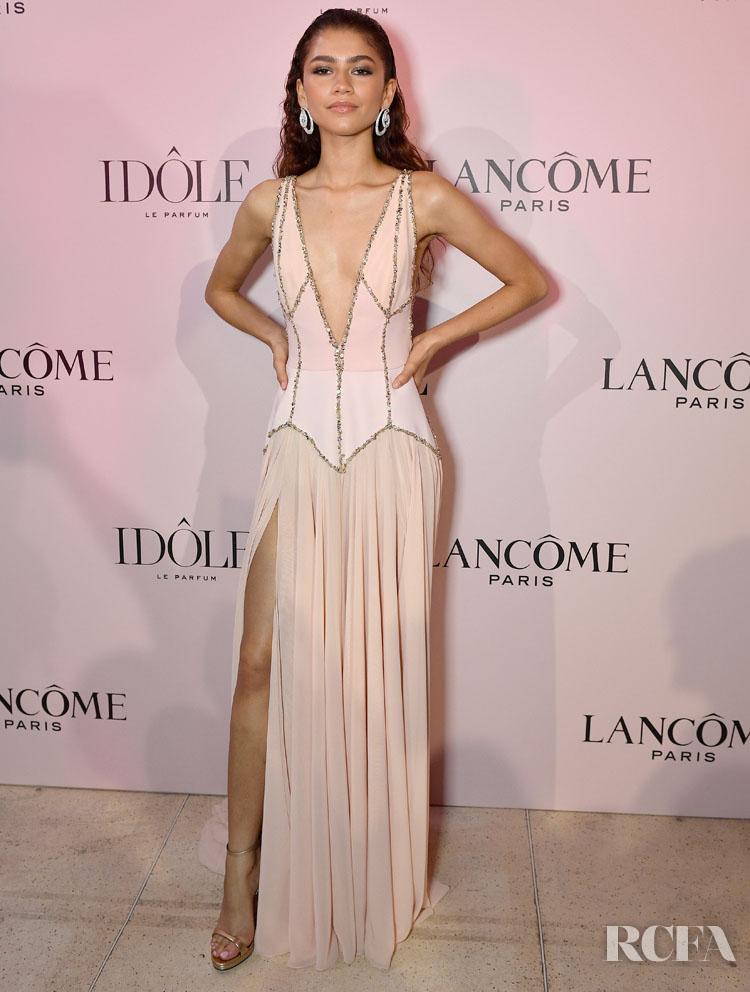 Lancme Unveil Zendaya As Face Of The New Idle Fragrance - Red Carpet  Fashion Awards