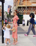 Elizabeth Chambers Hammer Is A Star In Stripes On Her London Vacation