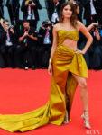 Isabeli Fontana In Alberta Ferretti - 'La Vérité' Venice Film Festival Premiere