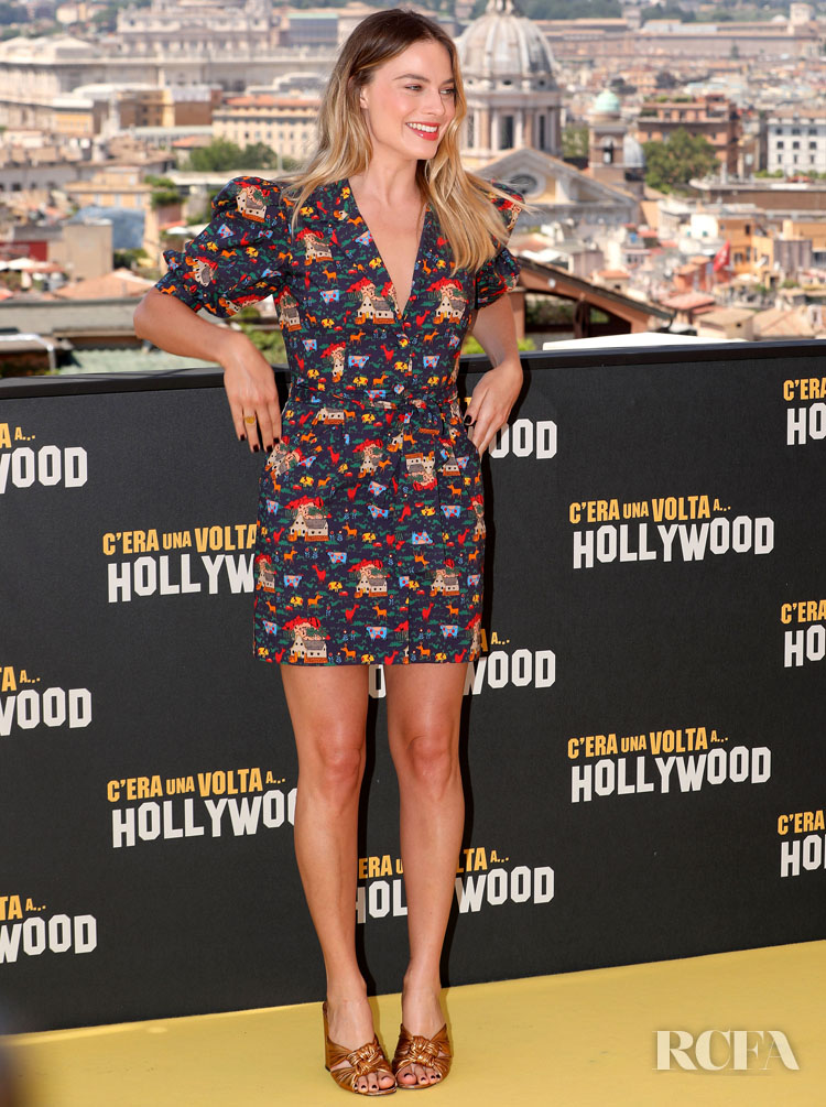 Margot Robbie In LHD - 'Once Upon A Time In Hollywood' Rome Photocall