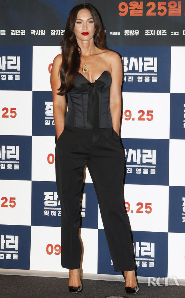 Megan Fox Was Smoldering In Black For The Photocall Of 'Battle of Jangsari'