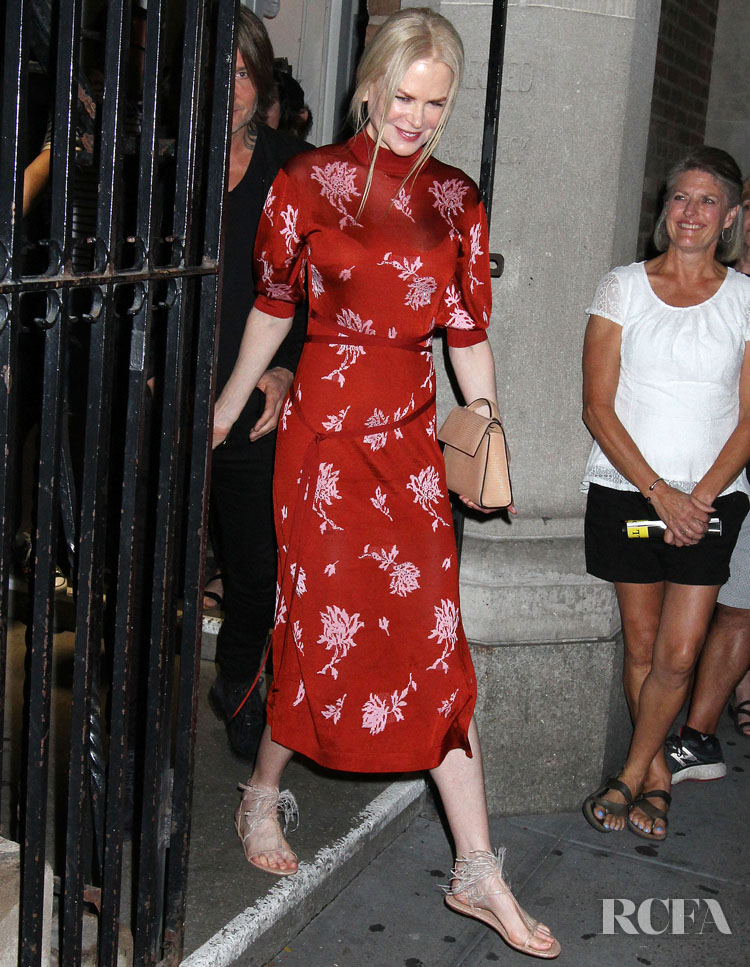 Nicole Kidman's Ravishing Red Date Night Look At The 'Moulin Rouge' Broadway Musical