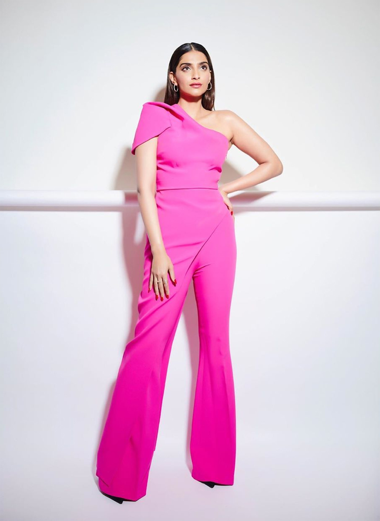 Sonam Kapoor Hot Pink Moment For The Gram
