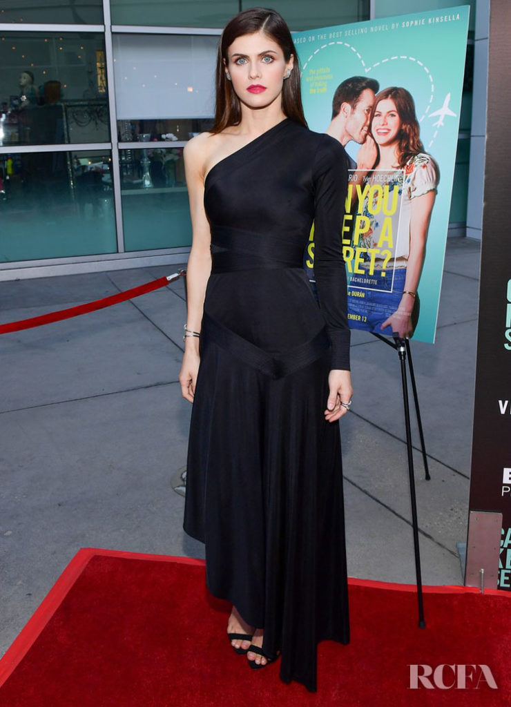 Alexandra Daddario Goes Pitch Black For The 'Can You Keep A Secret?' LA Screening