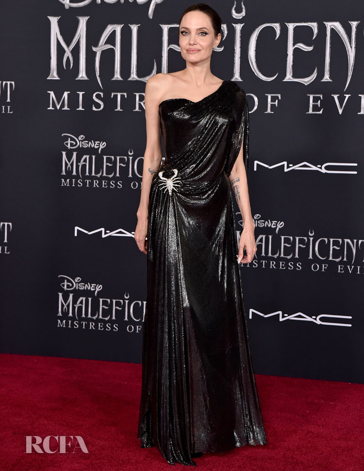 Angelina Jolie Beautiful In Black Atelier Versace For The