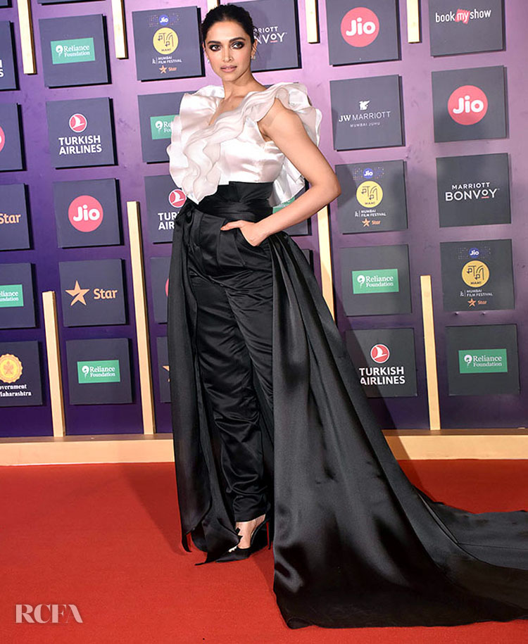 Deepika Padukone Closes The 2019 Jio MAMI Mumbai Film ...