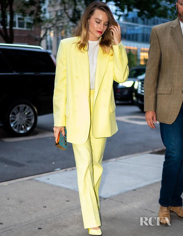 Margot Robbie's Mellow Yellow Attico Suit For Comic-Con