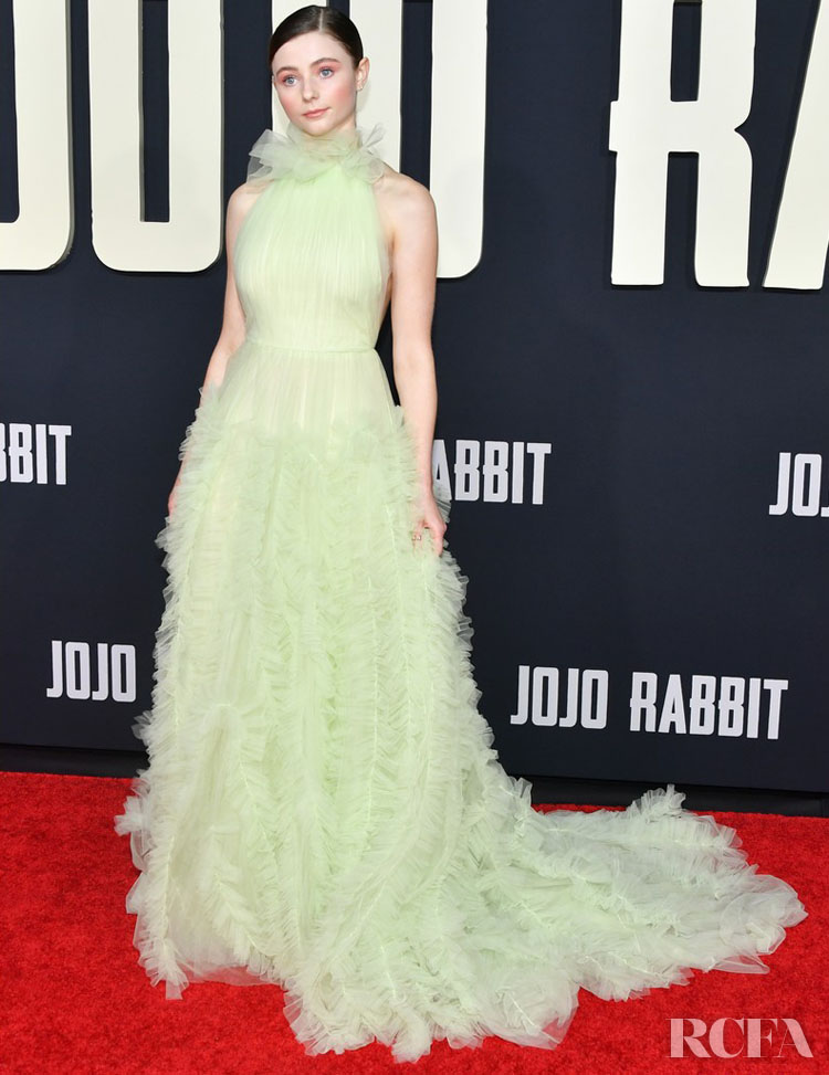Thomasin McKenzie Gives Us A Disney Moment In Jason Wu For The 'Jojo Rabbit' LA Premiere
