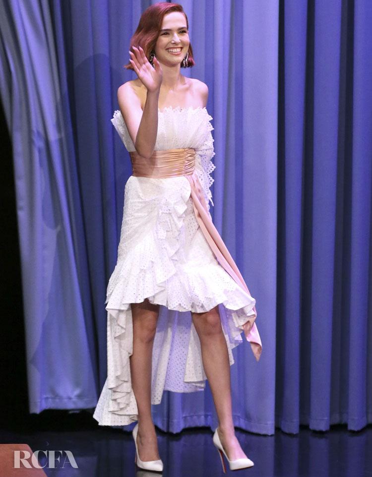 Zoey Deutch In Rodarte - The Tonight Show Starring Jimmy Fallon
