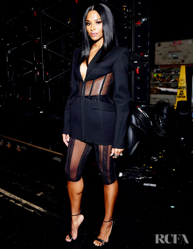 Ciara's Multiple Wardrobe Changes For The 2019 American Music Awards