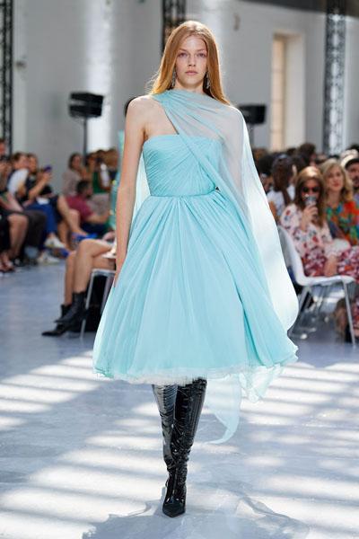Ni Ni In Alexandre Vauthier Haute Couture - Harper's Bazaar Charity Gala