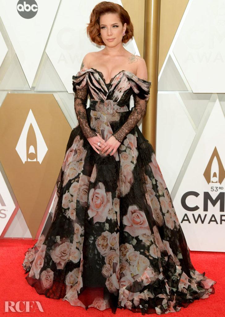 Halsey In Nedo by Nedret Taciroglu - 2019 CMA Awards