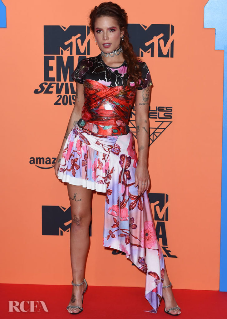 Halsey's Pattern Play In Peter Pilotto For The 2019 MTV EMAs