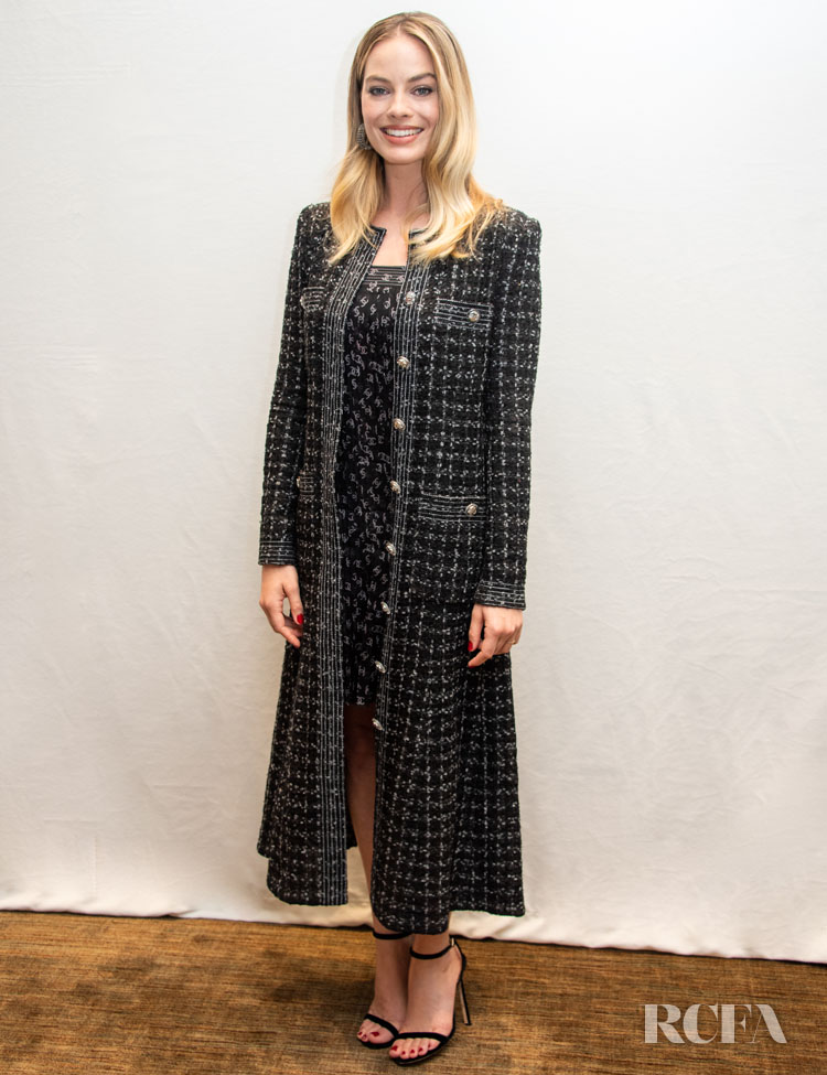 Margot Robbie Wore Tweed Chanel To The'Bombshell' LA Press Conference