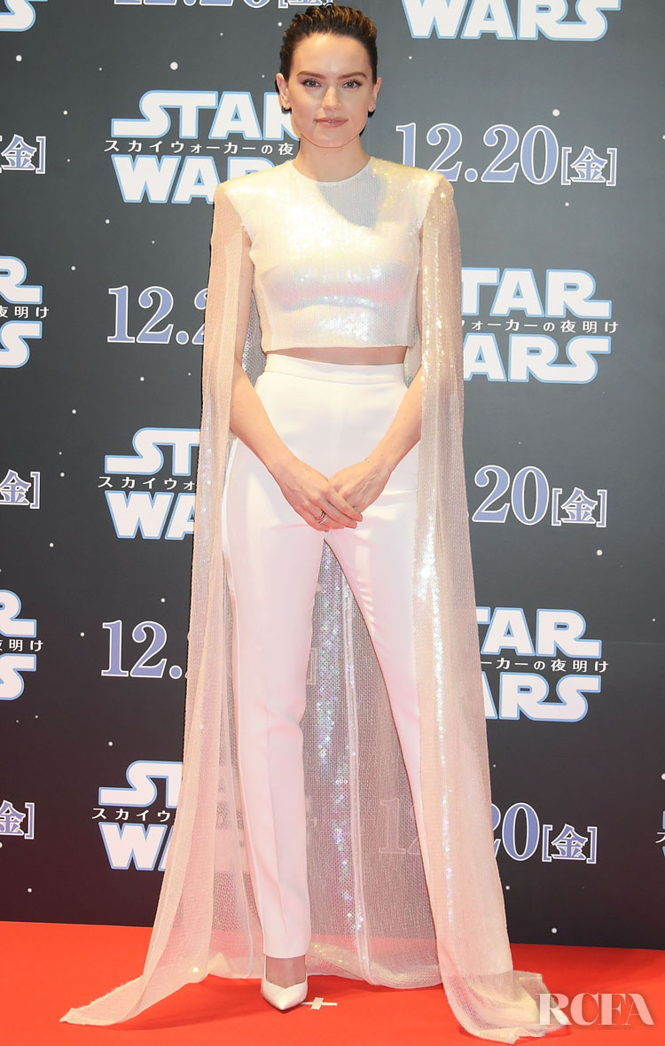 Daisy Ridley Wore David Koma To The 'Star Wars: The Rise of Skywalker' Special Red Carpet Fan Event