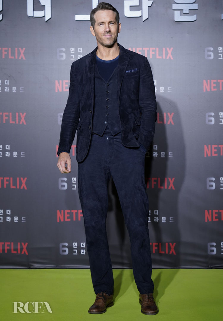 Ryan Reynolds Was Feeling Blue In Ralph Lauren For Netflix's '6 Underground' World Seoul Premiere