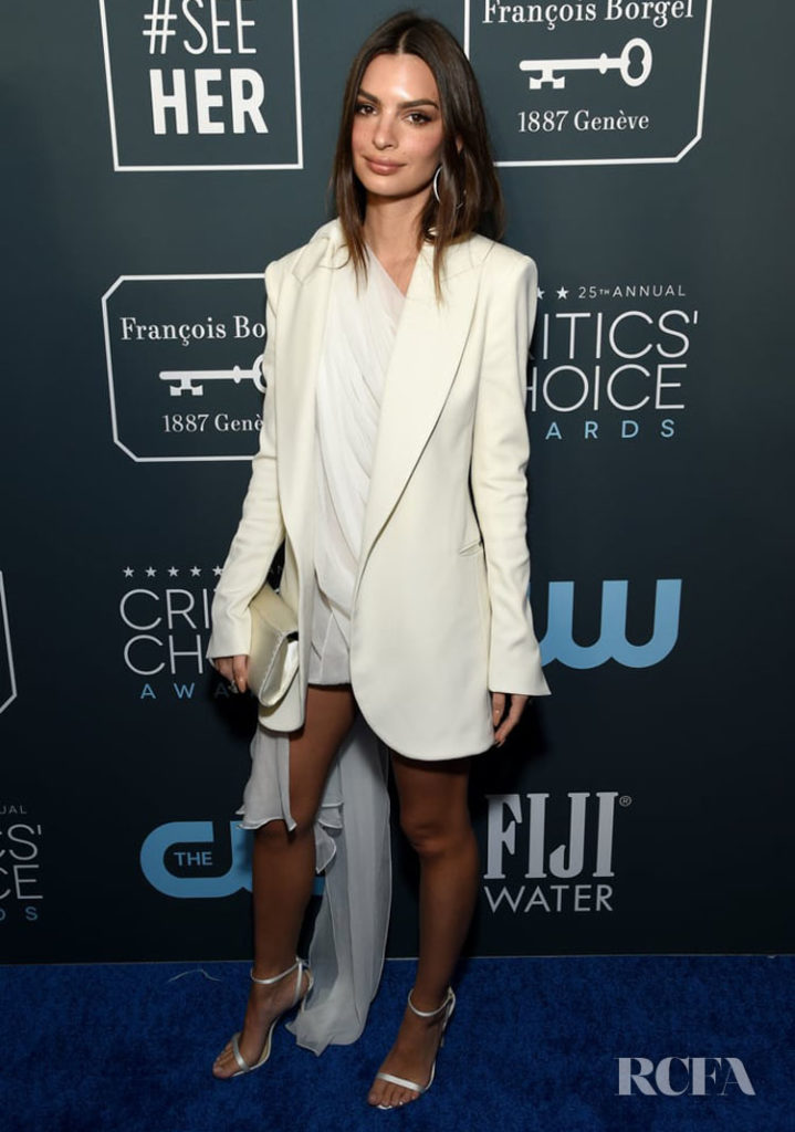 Emily Ratajkowski Wore Oscar de la Renta To The 2020 Critics' Choice Awards