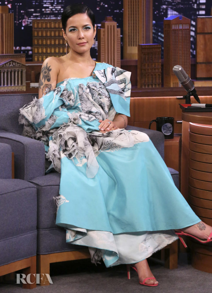 Halsey Wore Hanyu Cui On The Tonight Show Starring Jimmy Fallon