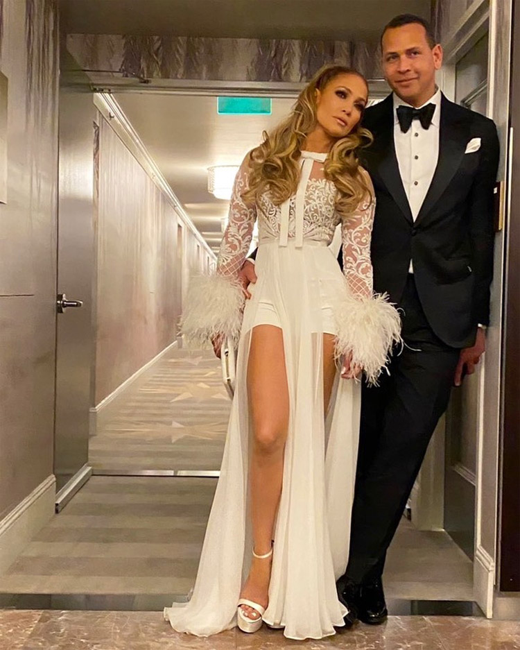Jennifer Lopez Wore Zuhair Murad To The Caa Golden Globes After Party,Princess Ball Gown Wedding Dresses With Sweetheart Neckline And Bling