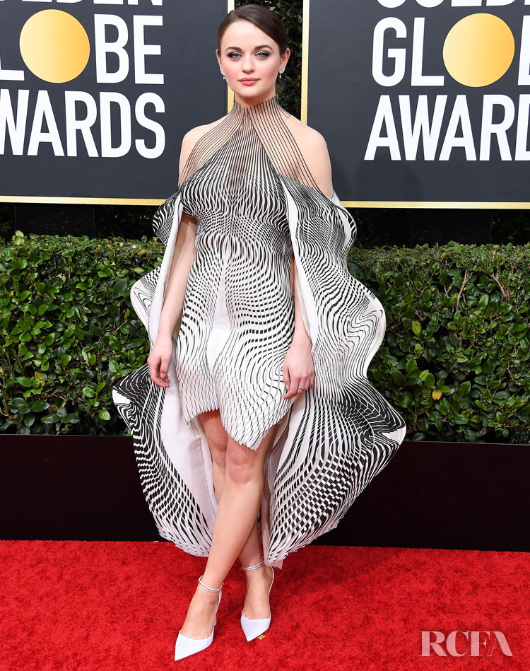 Joey King In Iris van Herpen Haute Couture - 2020 Golden Globe Awards