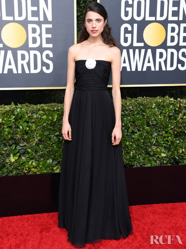 Margaret Qualley chanel 2020 golden globe awards