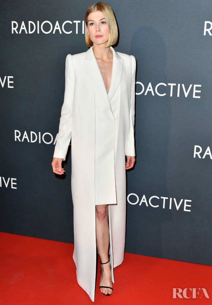 Rosamund Pike Wore Givenchy Haute Couture For The 'Radioactive' Paris Premiere