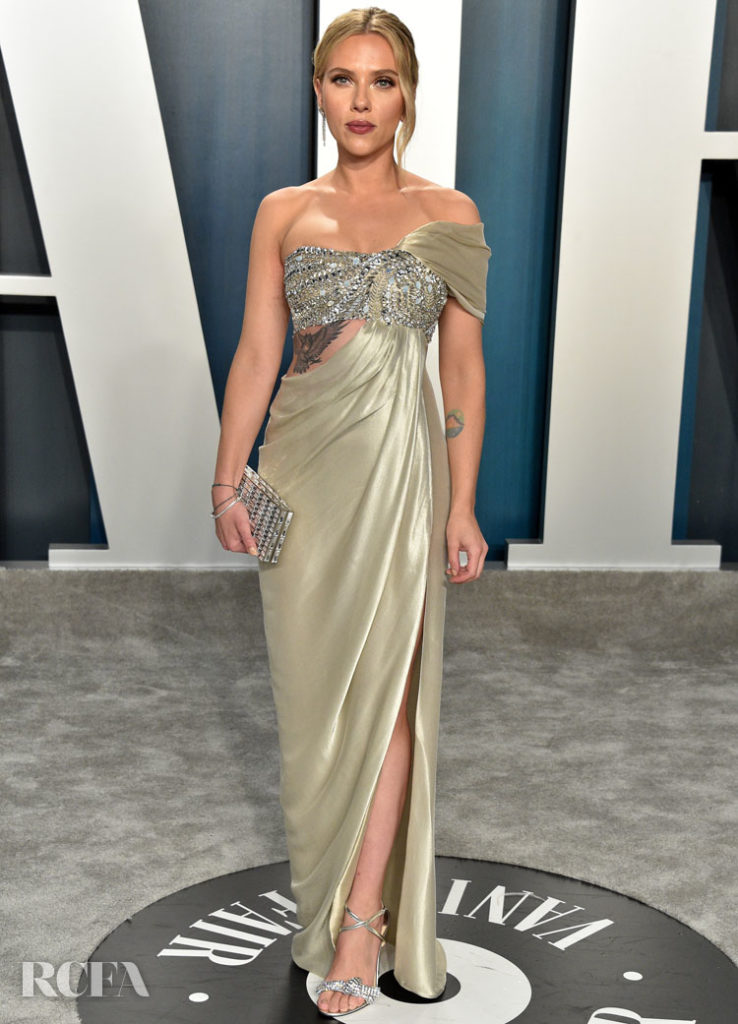 Scarlett Johansson  Oscar de la Renta The 2020 Vanity Fair Oscar Party.jpg